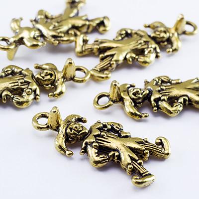 Кулон Шут, Металл, Цвет: Античное Золото, Размер: 25х12х3мм, Отверстие 2мм, (УТ0026137)