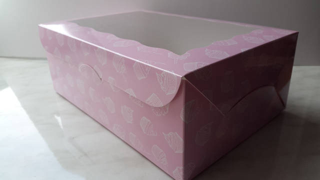 Картонный коробки для кондитерских изделий 8
