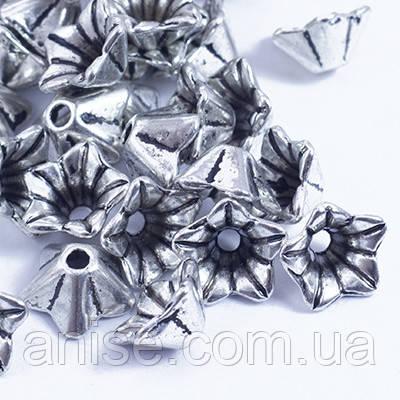 Шапочки для Бусин Металл, Цветок, Тибетский Стиль, Цвет: Античное Серебро, Размер: 8.5х5мм, Отверстие 1мм, (УТ0029203)