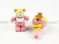 Фигурки из пластика - Розовый медвежонок с погремушкой