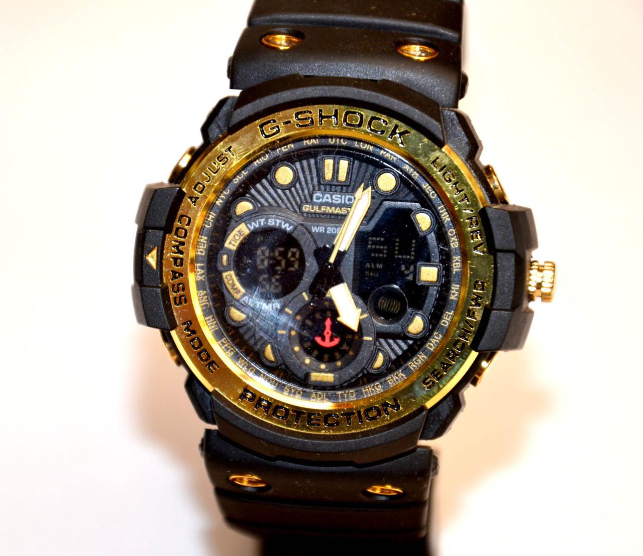 Часы наручные  gulfmaster черные с золотым
