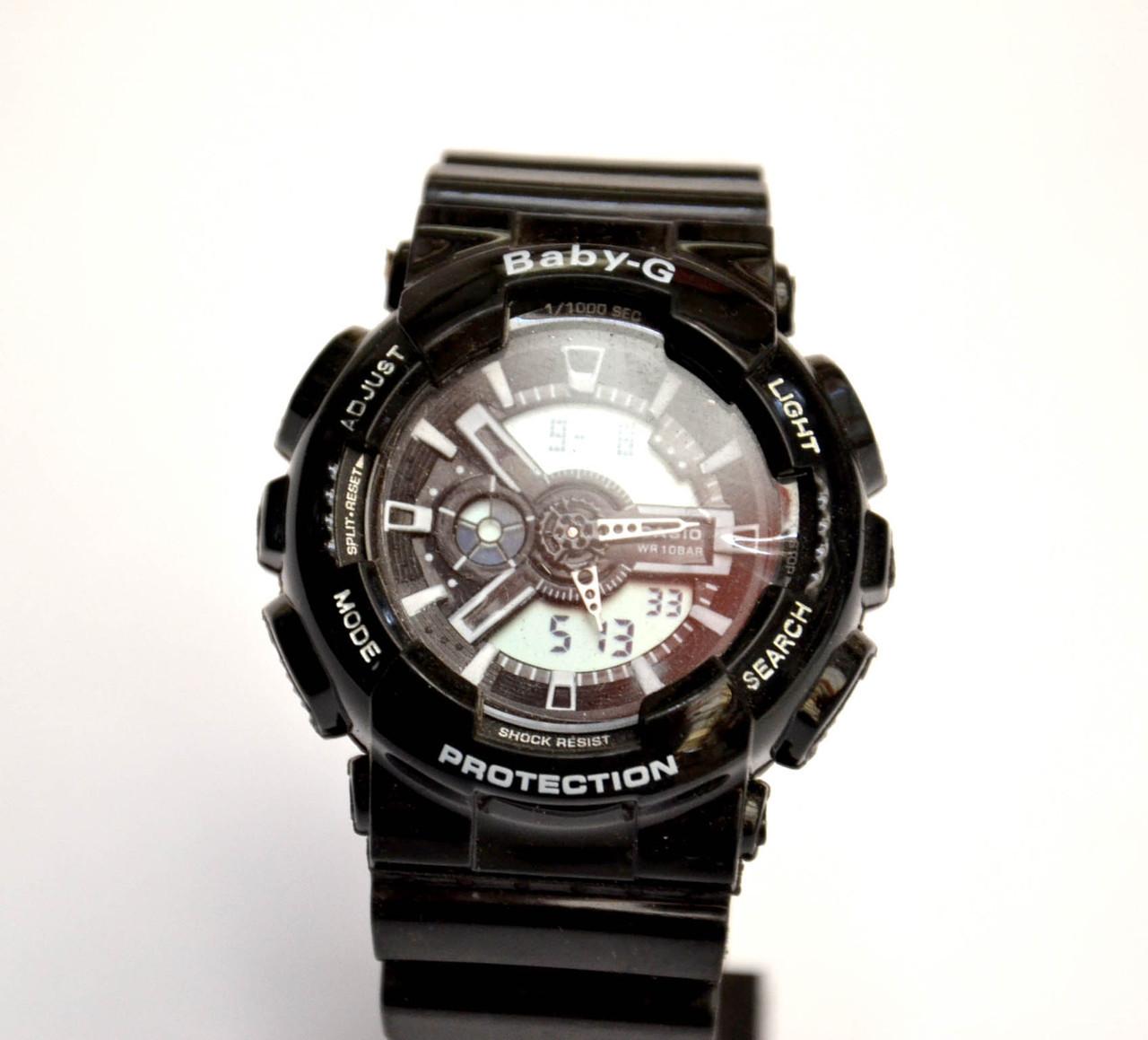 Женские наручные часы  Baby-G черные с белым дисплеем