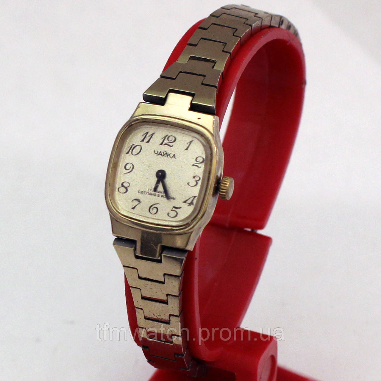 Наручные женские часы Чайка