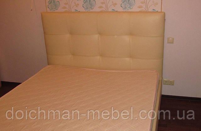 купить двуспальные кровати с ящиками для белья на ламелях с