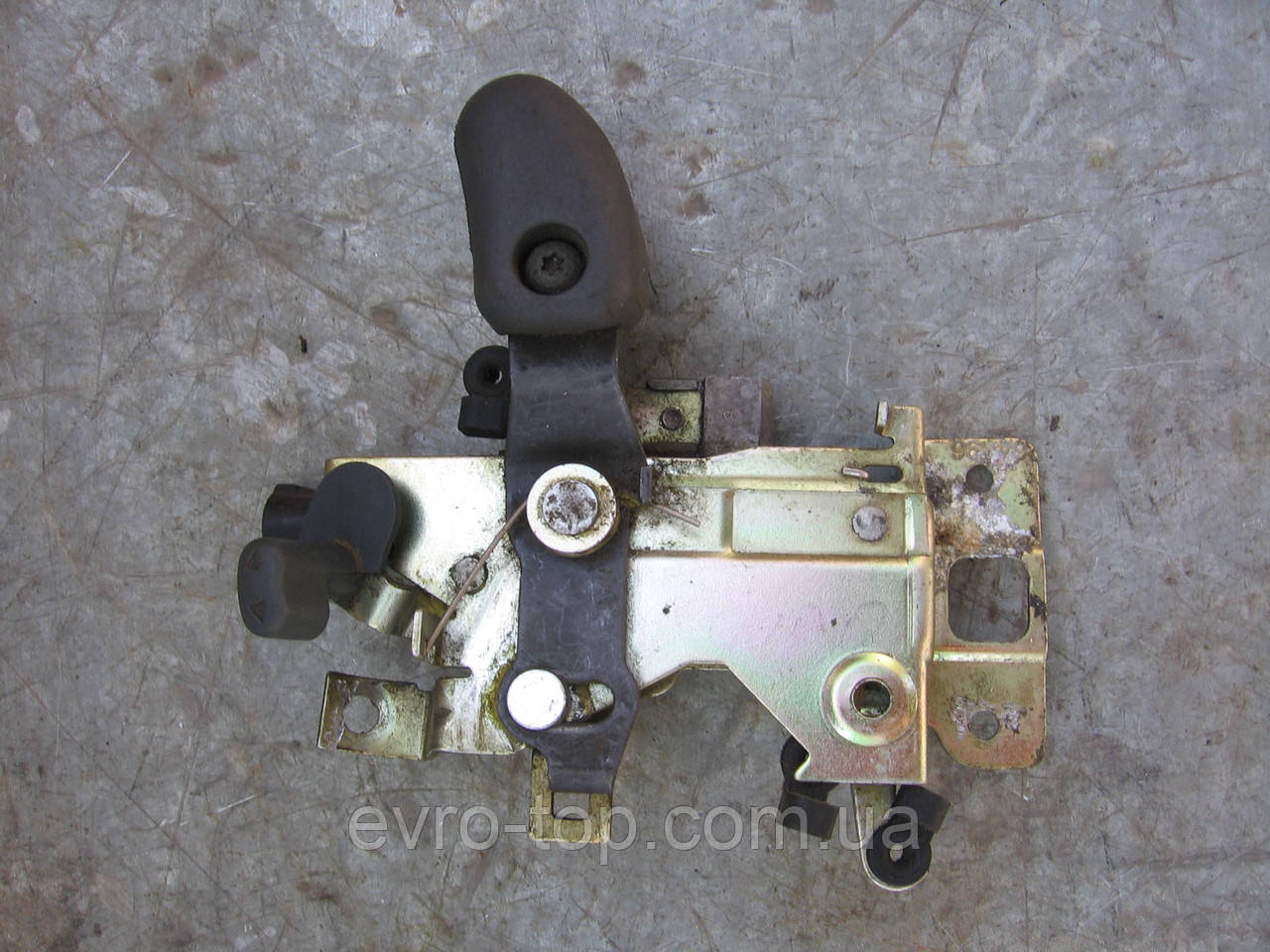 Механізм замка правій бічній двері 1497490698 б/у на Fiat Scudo, Citroen Jumper, Peugeot Expert рік 1995-2007