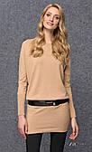 Женское теплое платье-туника цвета кэмел с длинным рукавом на манжете. Модель Julie Zaps.