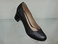 Туфли женские лаковые натуральные на каблуке рептилия