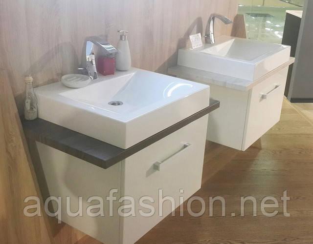 Шкафчики с умывальниками для ванной комнаты
