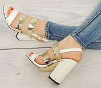Босоножки  на квадратном каблуке
