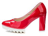 Туфли женские на тракторной белой подошве