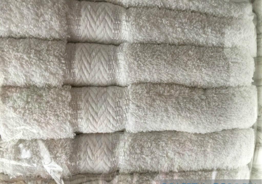 """Полотенца для гостиниц. Банные венгерские полотенца - Интернет-магазин женской одежды """"Шанталь"""" в Хмельницком"""