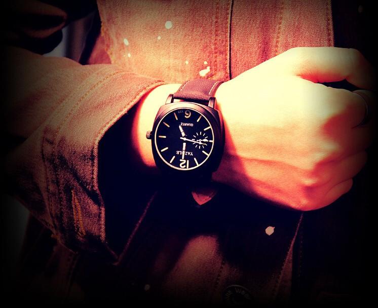 Мужские часы Yazole черные