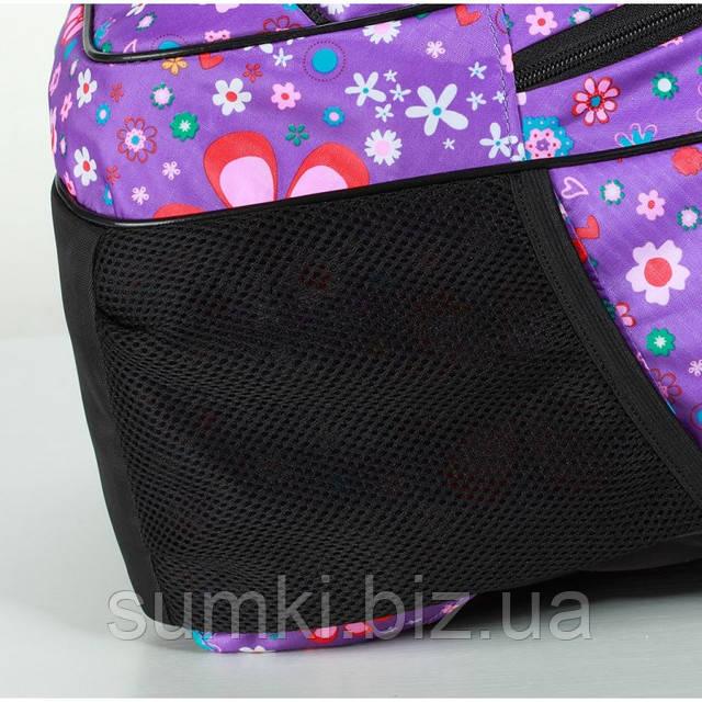 Специальные карманчики по бокам в Рюкзаке школьном для девочки 4 класс