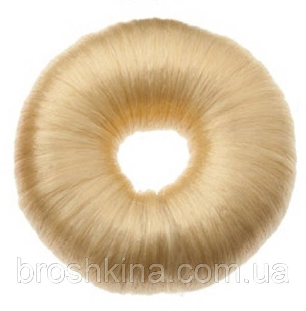 Бублик из искусственных волос белый d 7 см