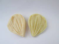 "Молд + вайнер  ""Лепесток космеи"" (   р-р 3,5 х 4,5  см) для фоамирана и глины"