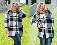 Современное короткое осенне-весеннее пальто из плотной вязки