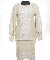 Изысканный вышитый костюм для женщины из льна