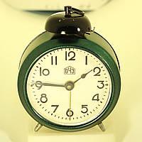 Механический будильник ОЧЗ 50-х годов после реставрации