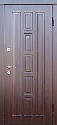 """Вхідні металеві двері в Одесі """"Портала"""" (серія Люкс Mottura) ― модель Квадро"""