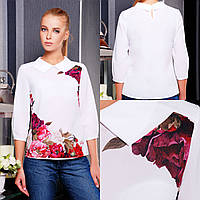 Женская белая блузка из шифона с цветами