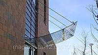 Стеклянный козырек из гнутого стекла