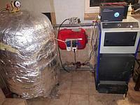 Твердотопливная котельная в мастерской.Твердотопливный котел Rocterm 16 кВт+самодельная буферная емкость 300 л.