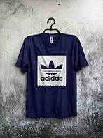 Брендовая футболка Adidas, адидас, темно-синяя, мужская, белое лого, трикотаж,  КП381