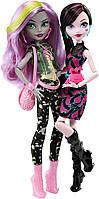Набор кукол Monster High Дракулаура и Моаника - Добро Пожаловать в Школу Монстров
