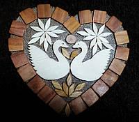 """Подставка под горячее """"сердце с лебедями"""""""