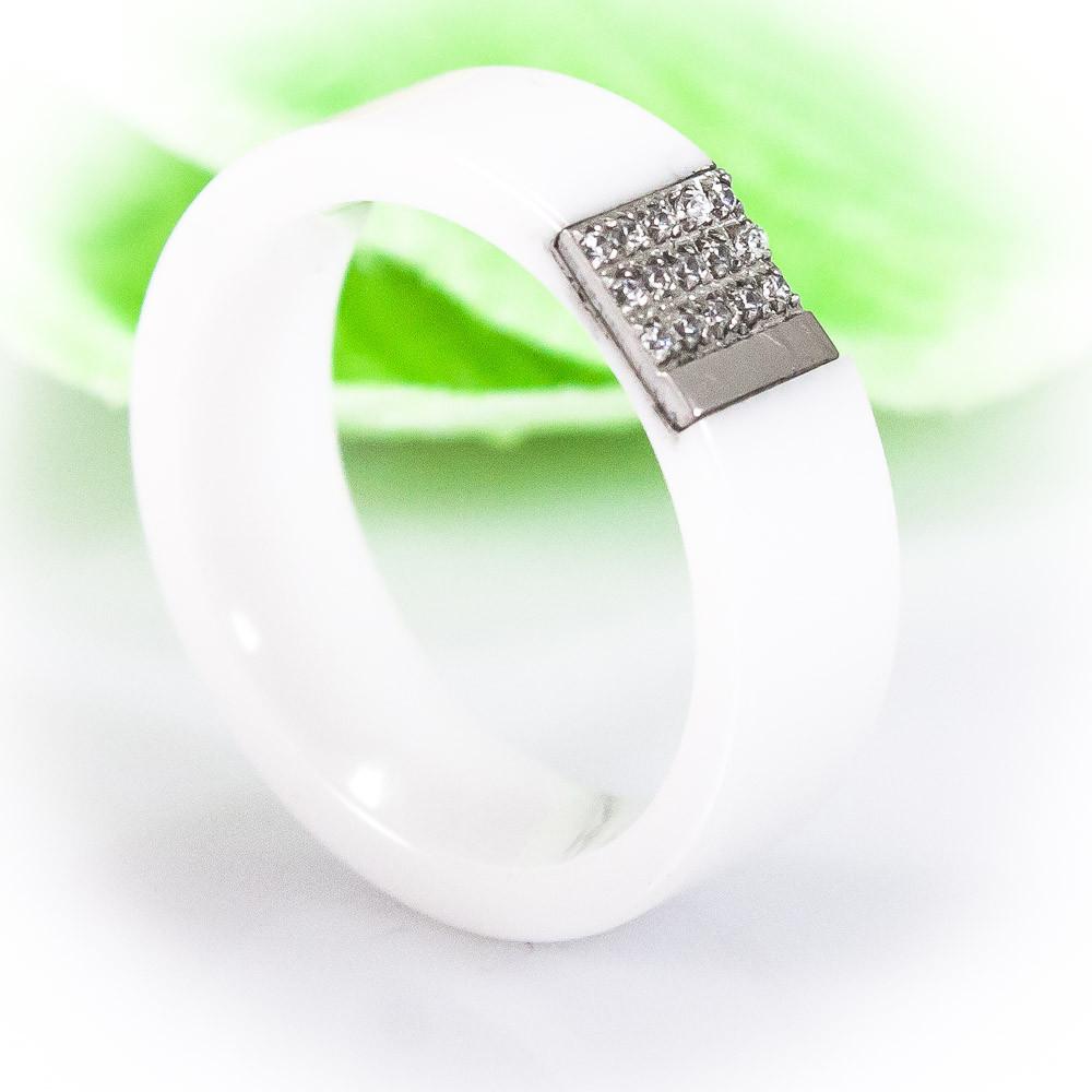 Кольцо керамическое, белое с фианитами