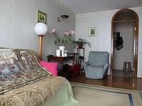 Агентство сдаёт однокомнатную квартиру на Урицкого 26 (Василия Липковского, 26) Киев центр на длительный срок