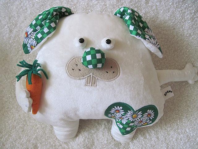 Мягкая игрушка-подушка заяц ручная работа