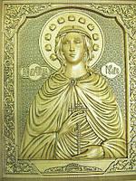 Икона деревянная резная Святой мученицы Юлии (Иулии) Карфагенской с ажурной рамкой