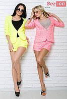 Костюм женский шортики и пиджак цветок неон - Розовый (оптом)