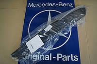 Решетка Переднего бампера Mercedes-Benz W211 AMG Новая Оригинал