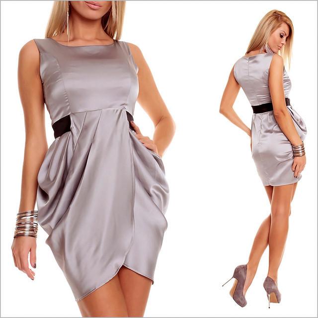 Светло - серое платье