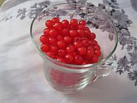 Бусины прозрачная с белым. 0,8 см Набор 25 штук. Красные