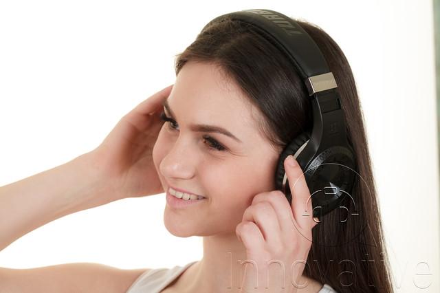 Bluetooth наушники накладные и полноразмерные
