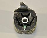 Подушка двигателя 2.3dCi (задняя) на Renault Master III 2010-> —  Renault (Оригинал) - 8200675064, фото 2