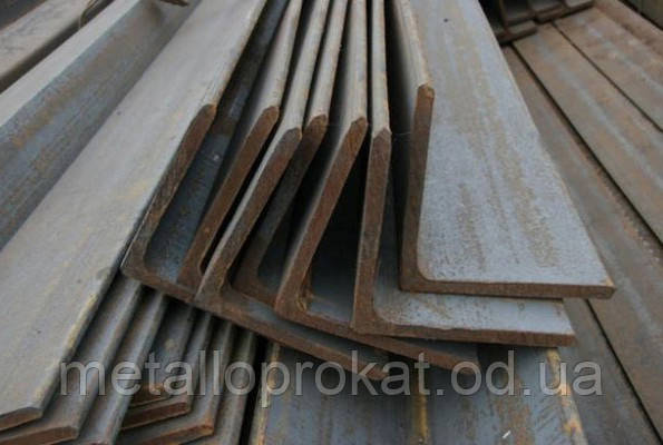 Угловая сталь 35х35х3