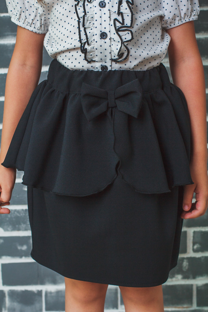 Школьная юбка для девочки с баской