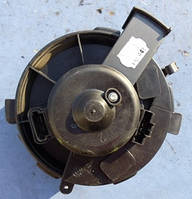 Моторчик печки вентилятор в сборе резисторCitroenXsara Picasso1999-2010BEHR / 2-фишки / 2007г.