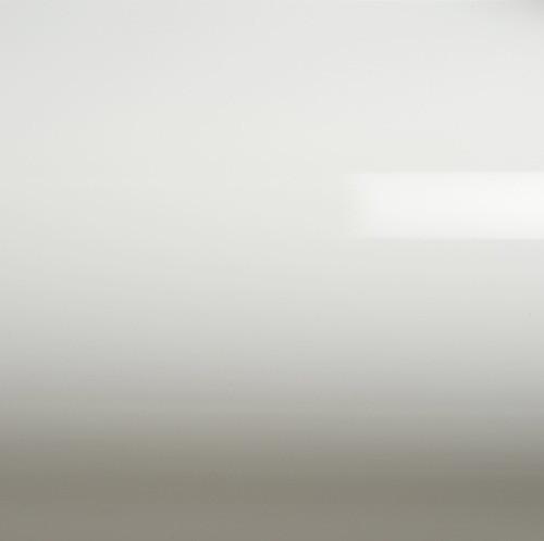 Глянцевая пленка на авто белая GrafiTack® 100мкм 1,52метра