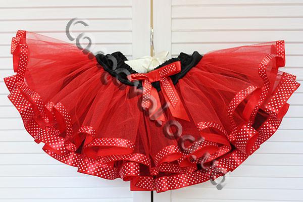 Нарядная фатиновая юбка  красная с лентами в горошек