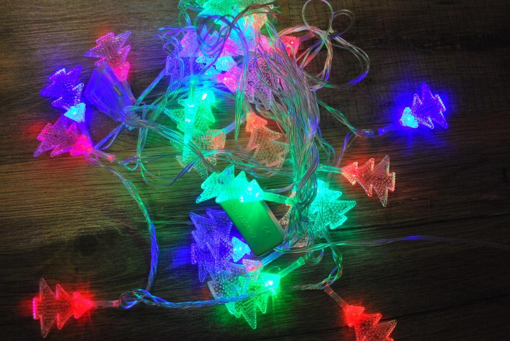 Новорічна гірлянда Ялинки 40 LED 5,8 м святкова гірлянда на ялинку
