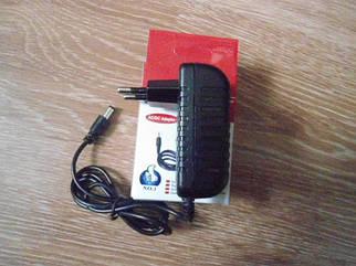 Сетевой адаптер зарядное 5V 3A разъем 5.5мм x2,5мм