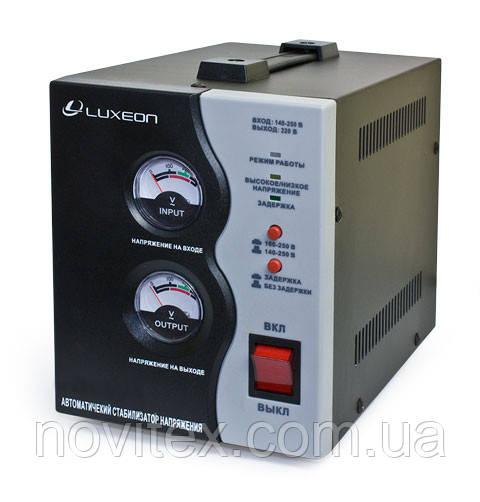Стабилизатор Luxeon SVR-1000VA (700Вт)