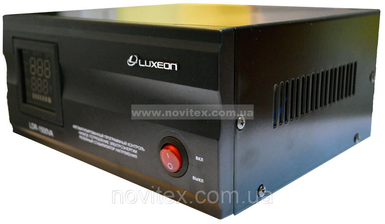 Стабилизатор Luxeon LDR-1500VA (1050Вт)