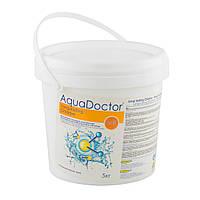 Дезинфицирующее средство на основе хлора длительного действия Aquadoctor C-90T, ведро 5 кг