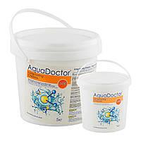 Дезинфицирующее средство на основе хлора длительного действия Aquadoctor C-90T, ведро 1 кг